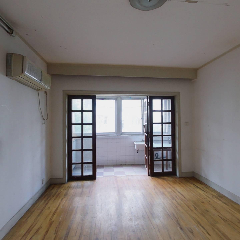 南北二楼全明两房+看房方便+业主诚意出售+生活方便