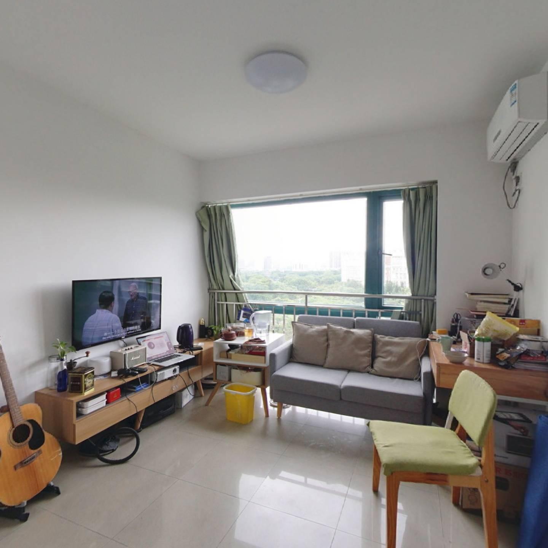 东方新地小户型正规一房一厅,总价低