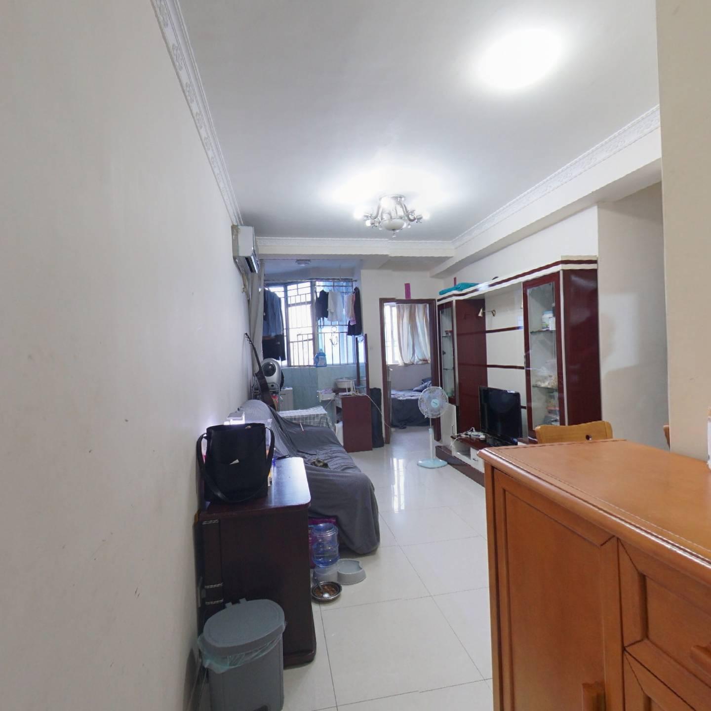 正规朝南向小2房,楼层好,视野宽阔,精装修。