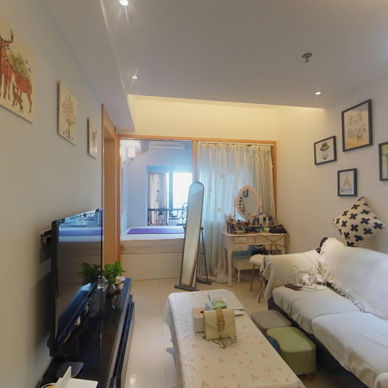 嘉洲富苑精装小两房,户型方正,家私全齐,拎包入住