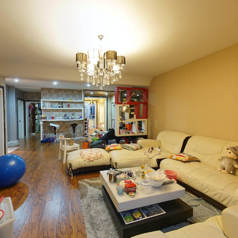 二七公寓 3室1厅 238万